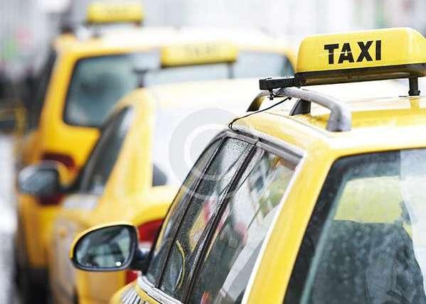 Burlington, Vt. Taxi – Montreal